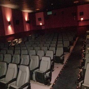 Westwood Cinema 8 32 Reviews Cinema 2809 S 125th Ave West Omaha Omaha Ne Phone Number Yelp