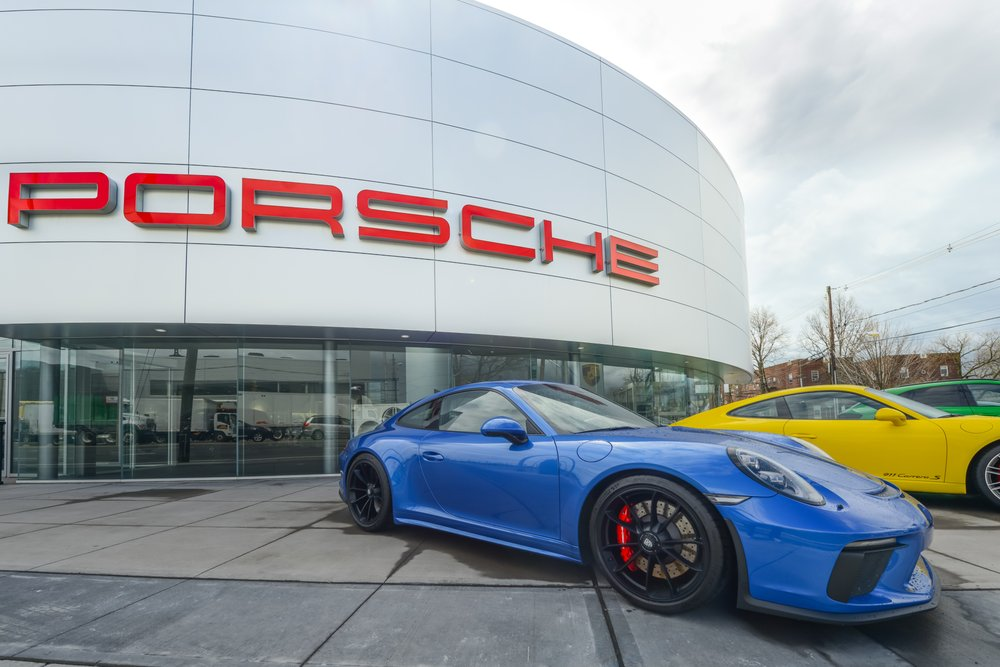 Porsche South Shore 59 Photos 31 Reviews Car Dealers 185 W Sunrise Hwy Freeport Ny Phone Number Yelp
