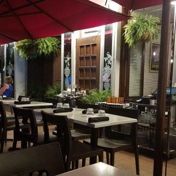 La Terrazza Closed Italian 436 Place Jacques Cartier