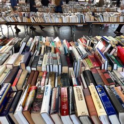 Best Used Book Stores Near Me October 2019 Find Nearby