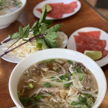 Pho Huynh Hiep 6 Kevin S Noodle House 847 Photos 1068 Reviews Vietnamese 2034 N Main St Walnut Creek Ca Restaurant Reviews Phone Number Yelp