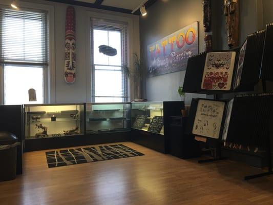 Body Art Tattoo Studio 20 Photos 16 Reviews Tattoo 178 Main St Burlington Vt United States Phone Number Yelp
