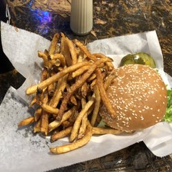 Murphy S Pub 19 Photos 116 Reviews Pubs 604 E Green St Champaign Il Restaurant Phone Number Last Updated December 27 2018 Yelp