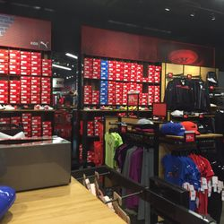 298898585a4 Shoe Stores in Tulalip - Yelp