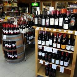 St Clair's Liquors