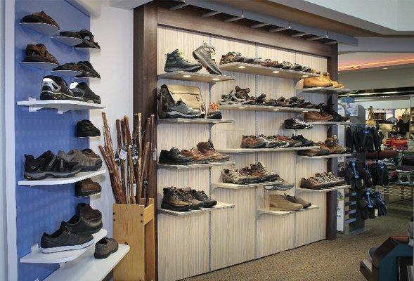 Alan S Shoes 13 Photos 23 Reviews
