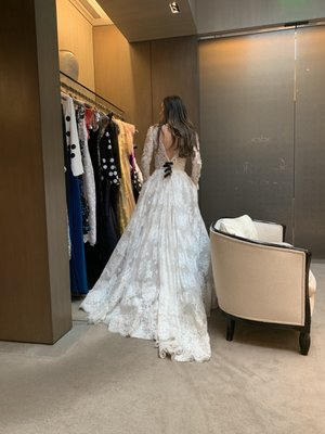 Monique Lhuillier Visit Now 24 Photos 88 Reviews Bridal