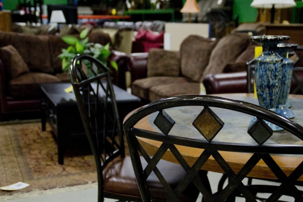 Furniture On Consignment - 4504 E 13th St N, Wichita, KS - 15 ...