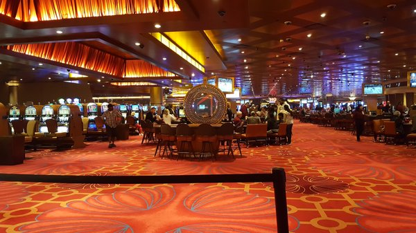 Luminere casino in saint louis mount airy lodge and casino