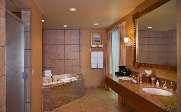 South Point Hotel Casino Spa 1391 Photos 1895 Reviews Hotels 9777 S Las Vegas Blvd Southeast Las Vegas Nv Phone Number Yelp