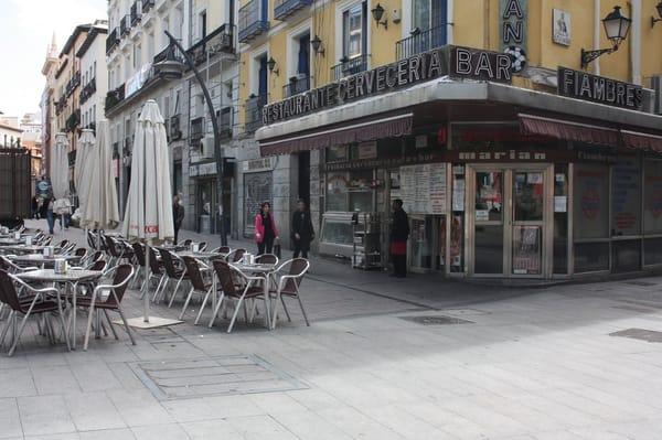 Bar Marian Bares De Barrio Plaza De Tirso De Molina 7