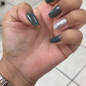 Coffin Shaped Gel Nails By Julie Colors Are 140 Olive Green