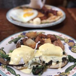 Admirable Best Brunch Near Me September 2019 Find Nearby Brunch Interior Design Ideas Truasarkarijobsexamcom