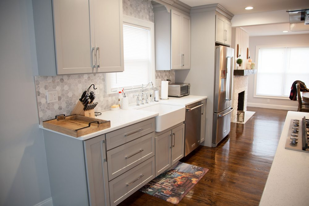 Star Cabinetry Columbia Grey Shaker And Sparkly White