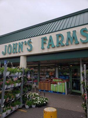 John S Farms 601 Old Country Rd Plainview Ny Grocery Stores Mapquest