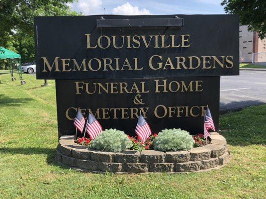 l - Louisville Memorial Gardens West Funeral Home