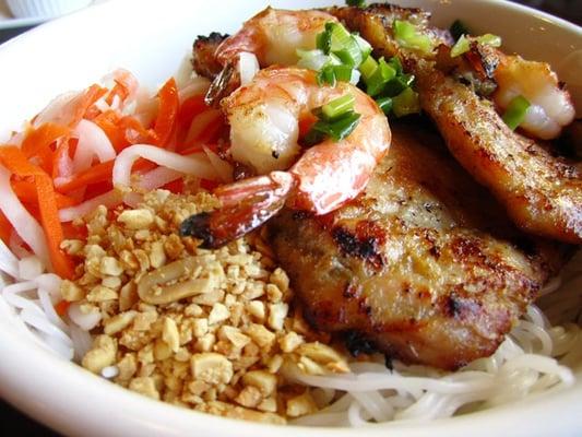 Pho Saigon Closed 42 Photos 156 Reviews Vietnamese 1560 Newell Ave Walnut Creek Ca Restaurant Reviews Phone Number Menu Yelp