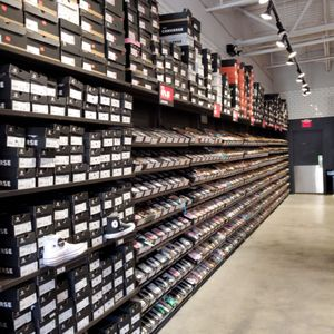 converse outlet homestead