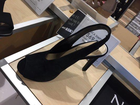 DSW Designer Shoe Warehouse - 21 Photos