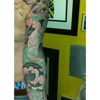 Tattoo ganz arm