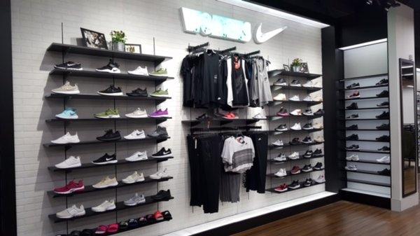 Shoe Palace 1 Southland Mall Hayward