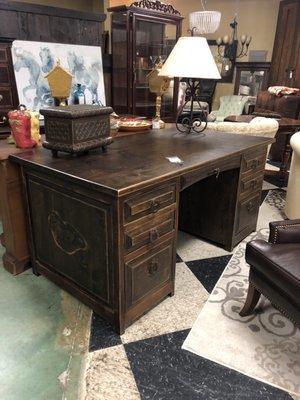 Furniture Brokers Of Lakeway 2300, Furniture Brokers Lakeway