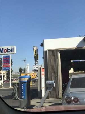 Gas Station With Drive Thru Car Wash >> Olympic Mobil 3950 W Olympic Blvd Los Angeles Ca Gas