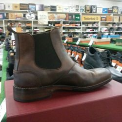 7d1e6524fb3 Shoe Stores in Clackamas - Yelp