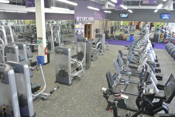 Anytime Fitness 1288 Summit Ave Ste 114 Oconomowoc Wi Health Clubs Gyms Mapquest
