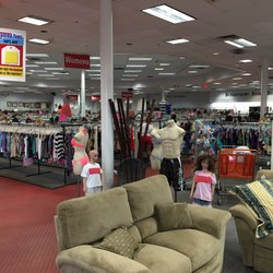 Hoover thrift store