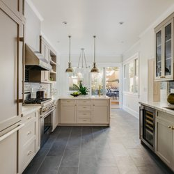 Best Cabinet Makers Near Me June 2021 Find Nearby Cabinet Makers Reviews Yelp