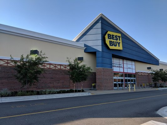 best buy 91 photos 42 reviews electronics 1340 greenbrier pkwy chesapeake va phone number yelp yelp