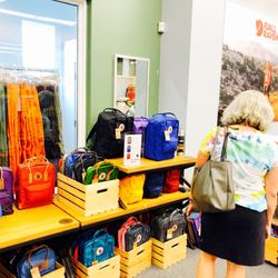 quality products reliable quality huge discount Fjällräven Outlet - Freeport - Sports Wear - 42 Main St ...