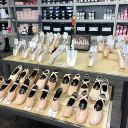 pointe shoe stores near me