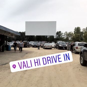 Vali Hi Drive In Theatre 46 Photos 76 Reviews Cinema 11260 Hudson Blvd N Lake Elmo Mn Phone Number Yelp
