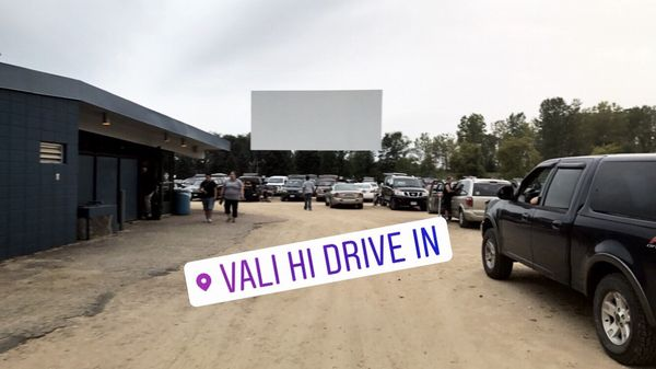 Vali Hi Drive In Theatre 11260 Hudson Blvd N Lake Elmo Mn Movie Theatres Mapquest