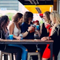 Hook up bar Columbus Oh UConn sito di incontri
