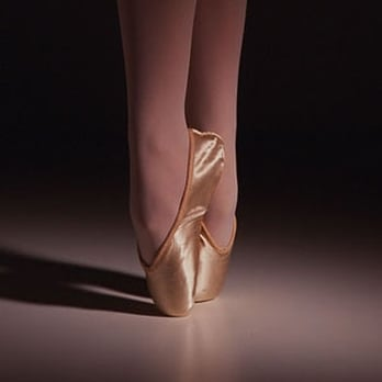 pointe shoes by Freed of London | Pointe shoes, Ballet shoes