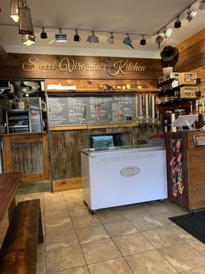 Sweet Virginia S Kitchen 5131 N Damen Ave Chicago Il Kitchen Cabinets Equipment Household Mapquest