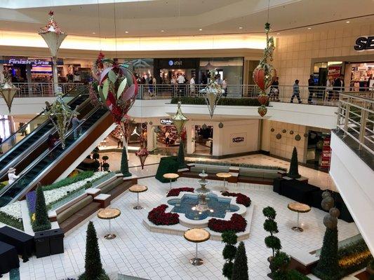 l - The Gardens Mall Palm Beach Gardens Fl United States