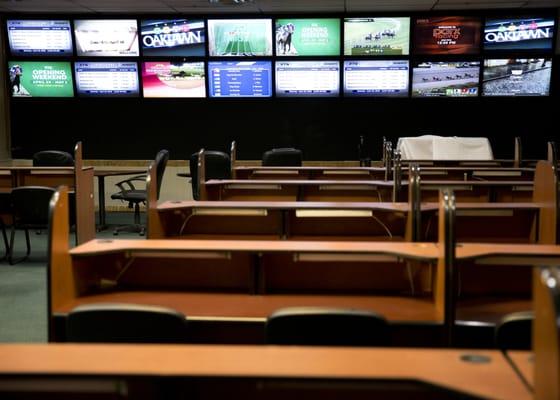 Off-track betting 22nd street oakbrook terrace il hotels bodog sports betting canada