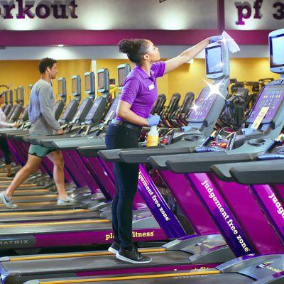 Planet Fitness 1060 W Mercury Blvd Hampton Va Health Clubs Gyms Mapquest