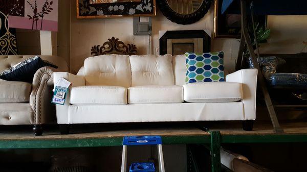2337 N Elston Ave Chicago Il, Furniture Warehouse Champaign Il