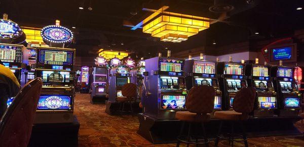 Dubuque casinos reviews casino decks