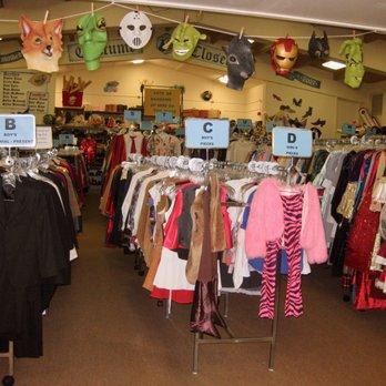 Costume Closet Closed 45 Photos 12 Reviews Costumes 300 Paseo Del Mar Palos Verdes Estates Ca Phone Number Yelp