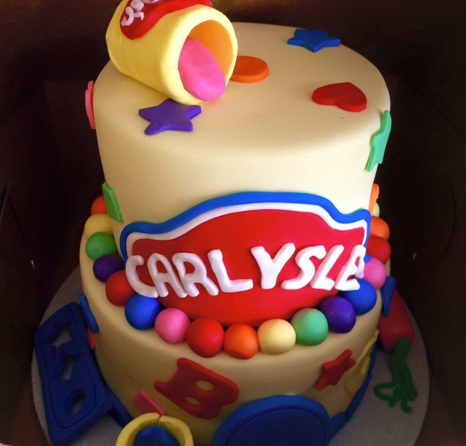 Tremendous Tiara Cakes 76 Photos 78 Reviews Bakeries 12620 Briar Personalised Birthday Cards Veneteletsinfo
