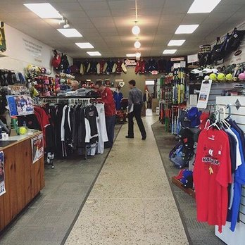 Jacks Team Sports Sporting Goods 179 S Main St Fond Du Lac Wi Phone Number Yelp