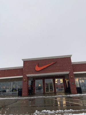 Nike Factory Store 11211 120th Ave