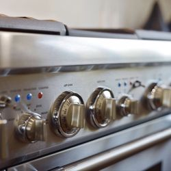 Best Appliance Stores Near Me June 2021 Find Nearby Appliance Stores Reviews Yelp