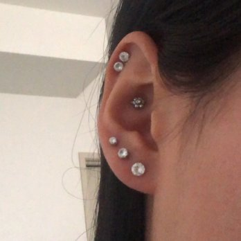 Lulu S Body Piercing 146 Photos 255 Reviews Piercing 1025 Westminster Mall Westminster Ca United States Phone Number Yelp